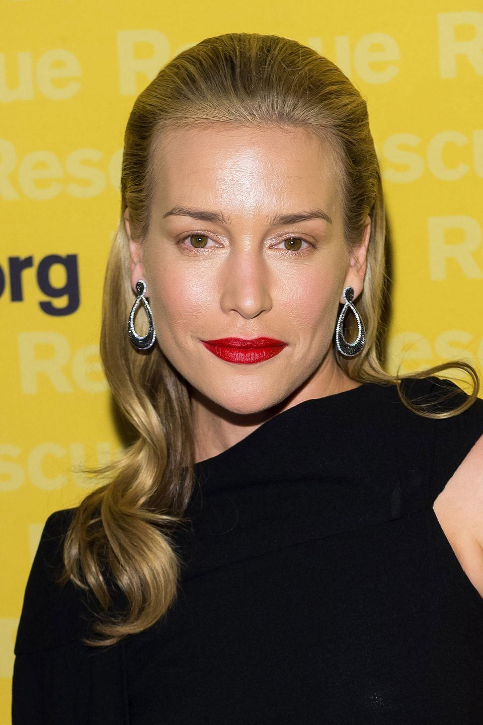 "<p>To many of us, she'll always be Violet ""<em>Coyote Ugly</em>"" Sanford. But in recent years, she's also starred in TV series <em>Covert Affairs</em> and popped up in that strange Bruce Willis/Joseph Gordon Levitt movie <em>Looper</em>. She also likes to share photos of flowers on <a href=""https://instagram.com/realpiperperabo/"" rel=""nofollow noopener"" target=""_blank"" data-ylk=""slk:Instagram"" class=""link rapid-noclick-resp"">Instagram</a>.</p>"