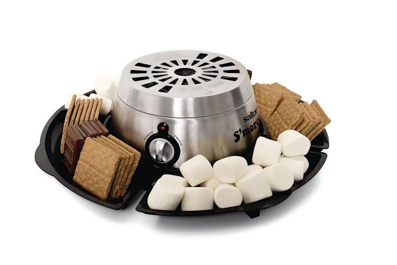 "This way, they can get the camping experience ... from the couch. Get it for $29.98 at <a href=""https://www.walmart.ca/en/ip/salton-smores-fondue-maker-sp1717/6000196898190"" target=""_blank"" rel=""noopener noreferrer"">Walmart</a>."