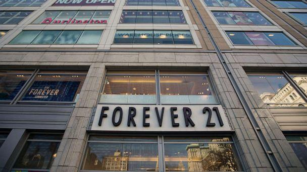 PHOTO: A general view of the exterior facade of Forever 21 store in Union Square in this Dec.24, 2013 file photo in New York City. (Ben Hider/Getty Images)
