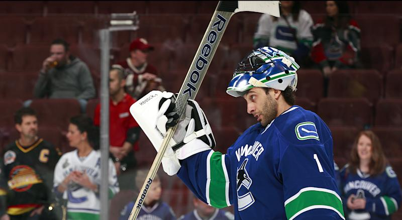 After announcing his retirement from professional hockey earlier this week, Roberto Luongo wanted to thank Canucks fans for all they did for him while in Vancouver. (Photo by Jeff Vinnick/NHLI via Getty Images)