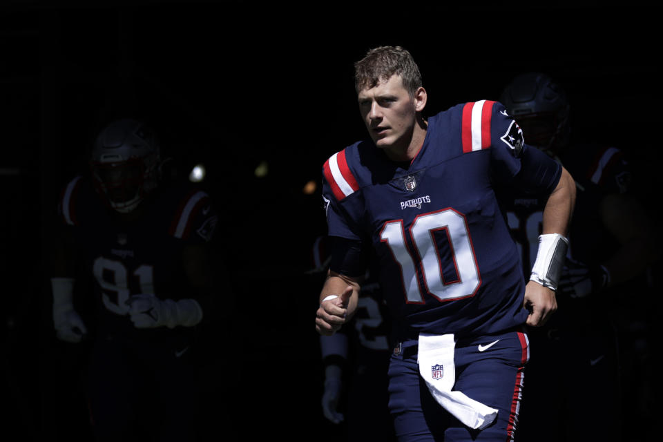 While the major storylines of Patriots-Bucs involve other people, Mac Jones isn't exactly a footnote. (AP Photo/Adam Hunger)