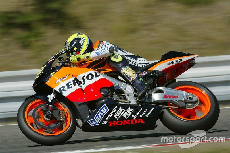 """Valentino Rossi, Repsol Honda Team 2003<span class=""""copyright"""">Gold and Goose / Motorsport Images</span>"""