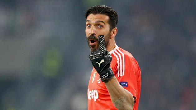 <p>Juventus or nothing - Buffon hints at new deal</p>
