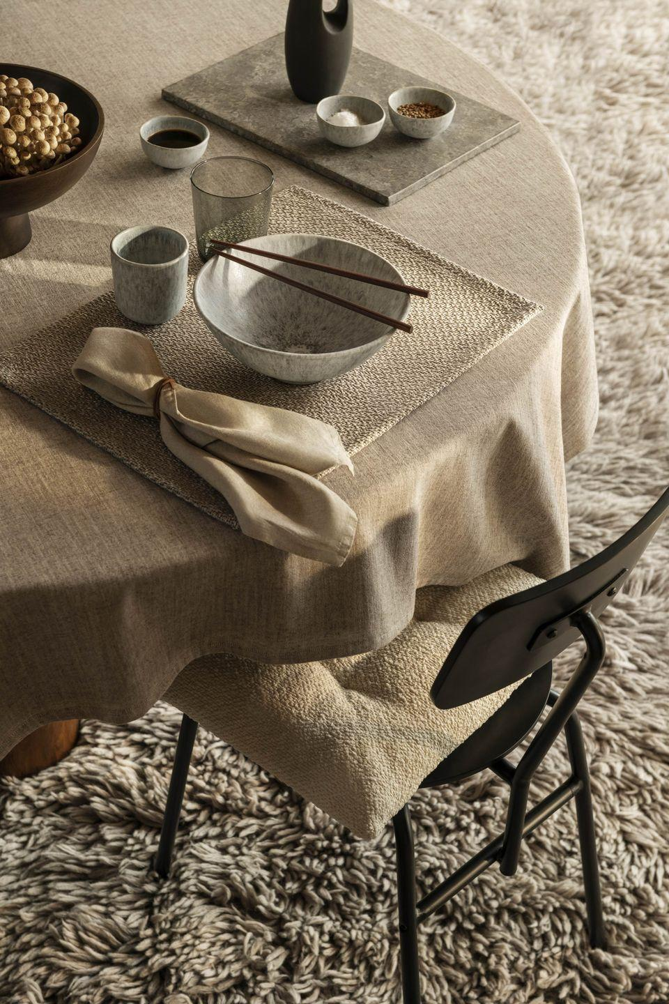 """<p>Dinner parties are back on and, as we head indoors after summer alfresco dining, adding texture to our tables, rather than colour, is an enchanting way to create an understated, but gorgeous, setting. </p><p><a class=""""link rapid-noclick-resp"""" href=""""https://go.redirectingat.com?id=127X1599956&url=https%3A%2F%2Fwww2.hm.com%2Fen_gb%2Fhome%2Fshop-by-product%2Fserving-dining.html&sref=https%3A%2F%2Fwww.prima.co.uk%2Fhome-ideas%2Fhome-accessories-buys%2Fg37325647%2Fhandm-home-autumn-collection%2F"""" rel=""""nofollow noopener"""" target=""""_blank"""" data-ylk=""""slk:Shop more tableware at H&M"""">Shop more tableware at H&M </a></p>"""