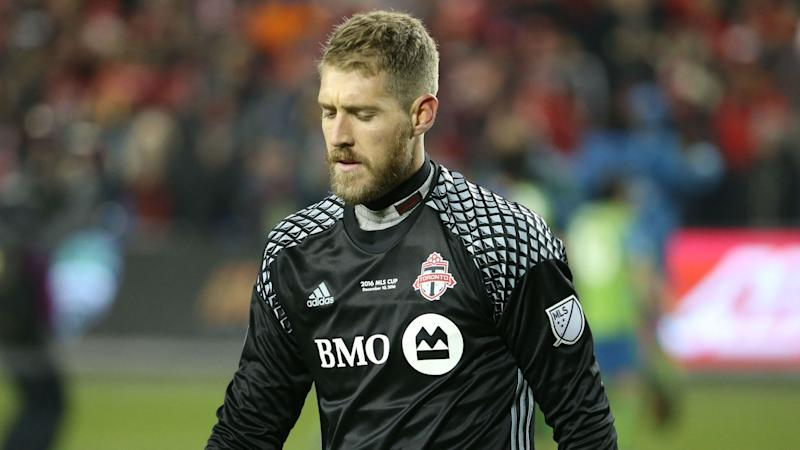 Toronto goalkeeper Irwin out 4-5 weeks with hamstring strain