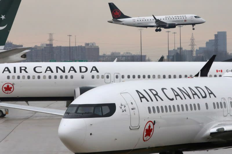 Air Canada slashing costs and capacity as CEO sees 'unprecedented challenges'