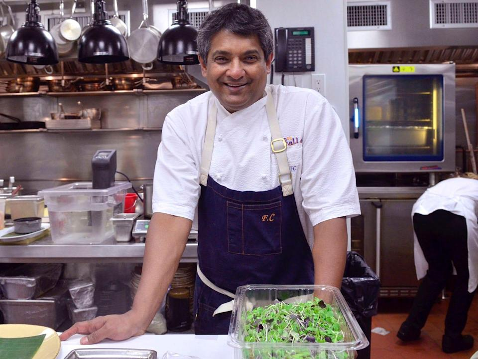 World-renowned chef Floyd Cardoz died from complications related to the coronavirus at the age of 59.