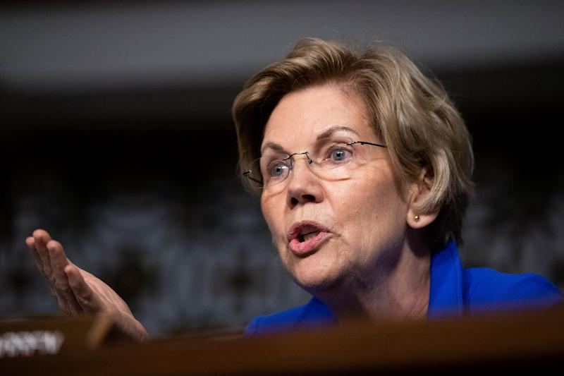 Democratic presidential candidate Elizabeth Warren is set to stand with protesting workers at a Washington area airport. (Photo: ASSOCIATED PRESS)