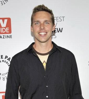 Fox Orders Comedy Pilots From 'Cougar Town' Executive Producer Kevin Biegel, Michelle Morgan