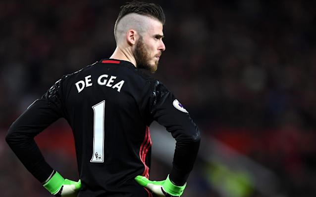 Jose Mourinho tells David de Gea to focus on Man Utd, not Real Madrid speculation