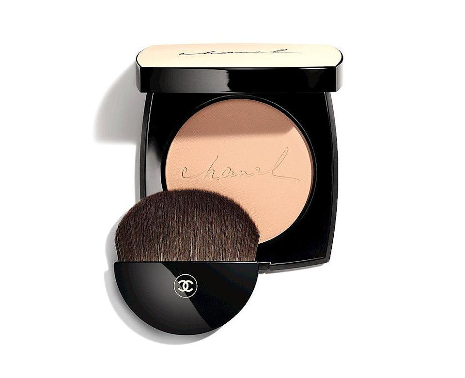 """""""In the late '80s and early '90s the look was matte as matte can be. Now it is more about the glow. This is a really good color for me, and it has SPF 15."""" <b>Buy It! </b>$58; <a href=""""https://www.chanel.com/en_WW/fragrance-beauty/makeup/p/complexion/healthy-glow-makeup/les-beiges-healthy-glow-sheer-powder-spf-15--pa-p186410.html#skuid-0186410"""" rel=""""nofollow noopener"""" target=""""_blank"""" data-ylk=""""slk:chanel.com"""" class=""""link rapid-noclick-resp"""">chanel.com</a>"""