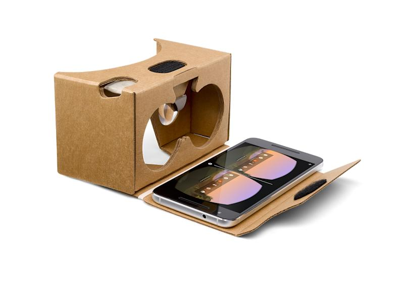 894fef5d2d79 Google makes its Cardboard virtual-reality viewer available in Canada
