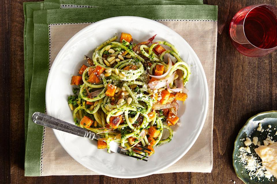 """<p>There are few things as comforting as heaping bowl of pasta at the end of a long day. With so many easy pasta recipes out there, there's something for every palate to love. That's why pasta makes such a <a href=""""https://www.countryliving.com/food-drinks/g648/quick-easy-dinner-recipes/"""" rel=""""nofollow noopener"""" target=""""_blank"""" data-ylk=""""slk:quick, easy dinner"""" class=""""link rapid-noclick-resp"""">quick, easy dinner</a> for your family—it's likely to satisfy everyone's cravings, due to its versatility. We've picked out pasta dinner ideas that cover so many different varieties, from hearty <a href=""""https://www.countryliving.com/food-drinks/g3924/winter-soup/"""" rel=""""nofollow noopener"""" target=""""_blank"""" data-ylk=""""slk:winter soup recipes"""" class=""""link rapid-noclick-resp"""">winter soup recipes</a> (and of course <a href=""""https://www.countryliving.com/food-drinks/g980/chicken-soup-recipes/"""" rel=""""nofollow noopener"""" target=""""_blank"""" data-ylk=""""slk:chicken noodle soup"""" class=""""link rapid-noclick-resp"""">chicken noodle soup</a>) to <a href=""""https://www.countryliving.com/food-drinks/g2524/zucchini-recipes/"""" rel=""""nofollow noopener"""" target=""""_blank"""" data-ylk=""""slk:zucchini recipes"""" class=""""link rapid-noclick-resp"""">zucchini recipes</a> that allow <a href=""""https://www.countryliving.com/food-drinks/g4020/low-carb-recipes/"""" rel=""""nofollow noopener"""" target=""""_blank"""" data-ylk=""""slk:low carb ideas"""" class=""""link rapid-noclick-resp"""">low carb ideas</a> for dinner. Of course, there are some <a href=""""https://www.countryliving.com/food-drinks/g1018/best-macaroni-and-cheese-recipes/"""" rel=""""nofollow noopener"""" target=""""_blank"""" data-ylk=""""slk:macaroni and cheese recipes"""" class=""""link rapid-noclick-resp"""">macaroni and cheese recipes</a> scattered throughout for the ultimate comfort food fest, as well as several <a href=""""https://www.countryliving.com/food-drinks/g2701/butternut-squash-recipes/"""" rel=""""nofollow noopener"""" target=""""_blank"""" data-ylk=""""slk:butternut squash recipes"""" class=""""link rapid-noclick-resp"""">butternut squash rec"""