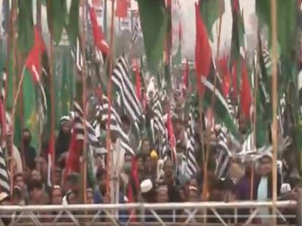 PDM's fourth power rally held in Peshawar on Sunday pulled a huge crowd.