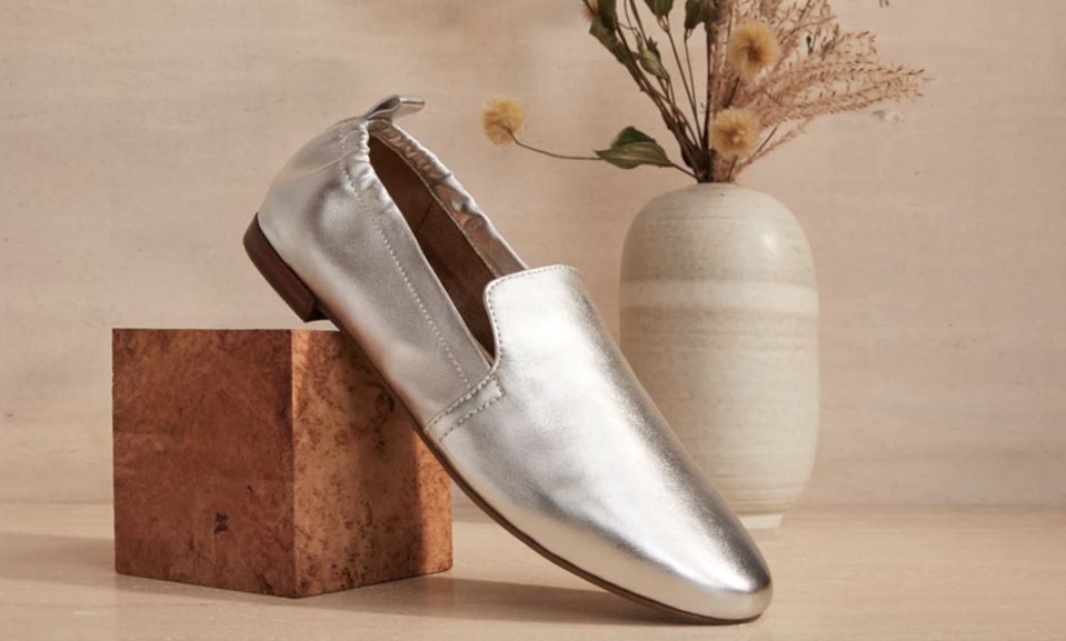 Slip into these comfy flats for a fraction of the original price. (Photo: Aerosoles)