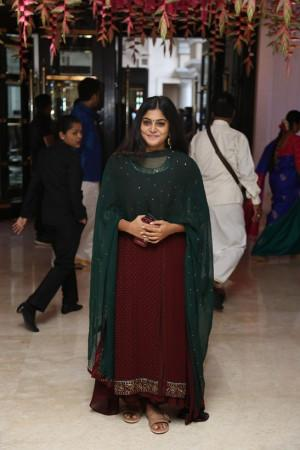 manjima mohan at soundarya rajinikanth Vishagan Vanangamudi's wedding
