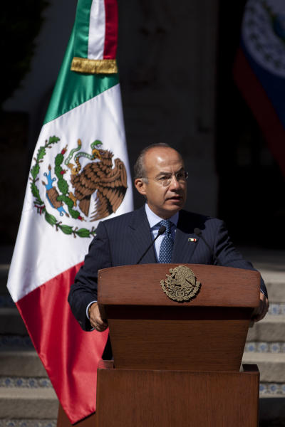Mexico's President Felipe Calderon speaks during a press conference with the leaders of Honduras, Costa Rica and Belize, not in picture, in Mexico City, Monday, Nov. 12, 2012. Mexico and the three Central American nations are calling for a review of international drug policies after two U.S. states voted to legalize recreational use of marijuana. (AP Photo/Alexandre Meneghini)