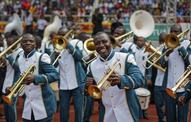 <p>A member of the military band dances as they wait for Emmerson Mnangagwa's presidential inauguration ceremony in the capital Harare, Zimbabwe Friday, Nov. 24, 2017. (Photo: Ben Curtis/AP) </p>