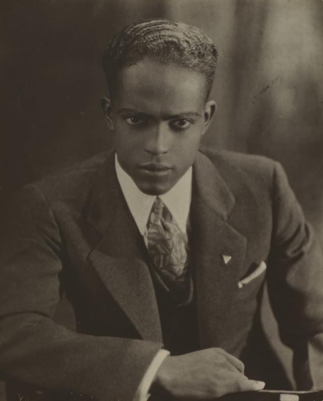 <p>Portrait of a young man, c. 1931-37. (Photo: The Cleveland Museum of Art, the Jane B. Tripp Charitable Lead Annuity Trust, 1999.57. © Donna Mussenden VanDerZee) </p>