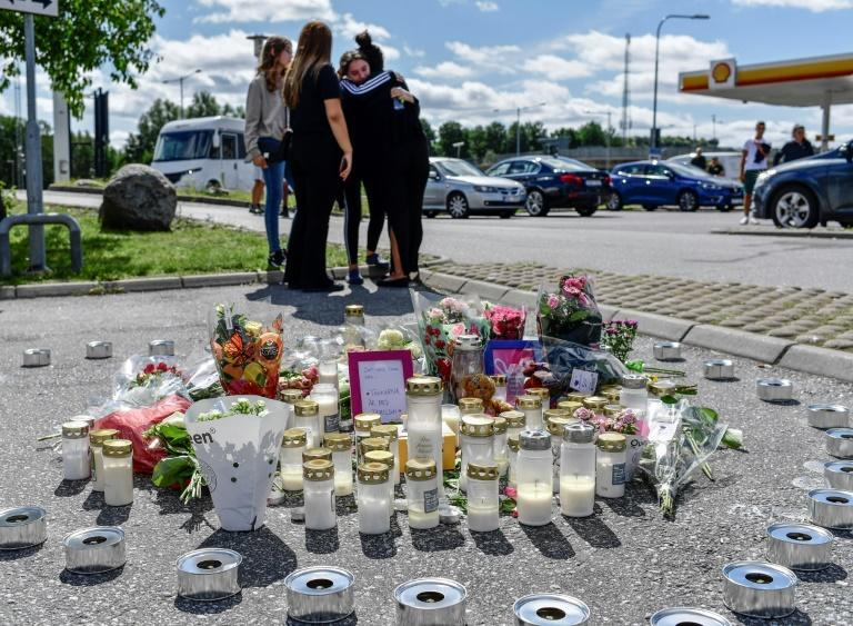 Overall, Sweden remains a country with low levels of violence: its murder rate in 2018 was 1.07 per 100,000 inhabitants compared to the European average of 2.39