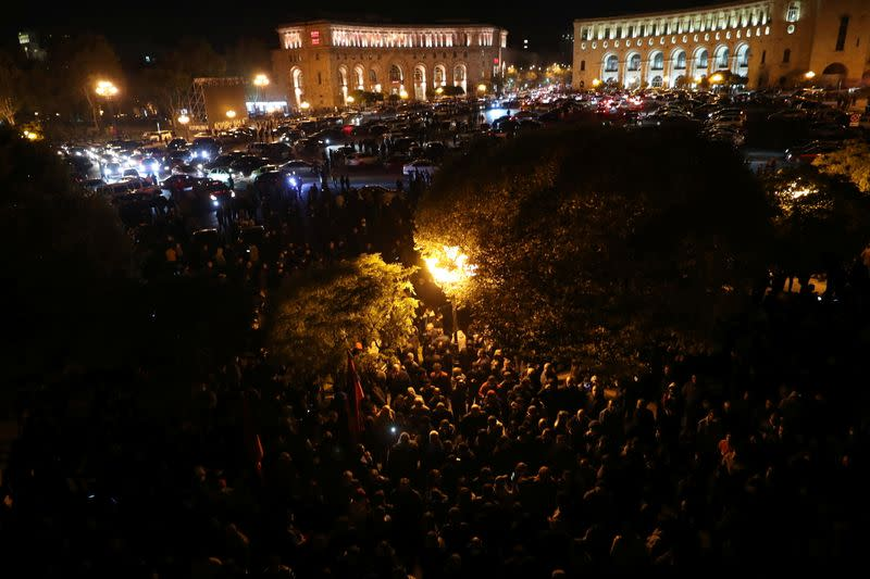 A general view of the crowd and vehicles outside the government house in Yerevan
