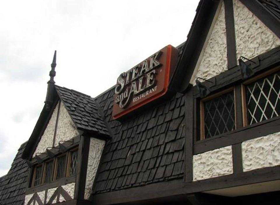 <p>The founder of Chili's also founded Steak & Ale back in 1966. What a career, right? Anyway…the chain had 280 locations, served up a steakhouse filet for just $1.95 and, eventually, called in quits in 2008.</p>