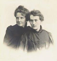 Black and White photograph of Katherine Harris Bradley and Edith Emma Cooper.