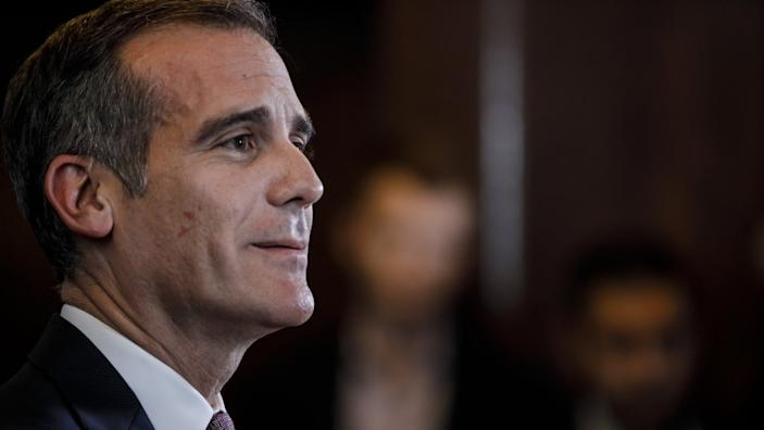 LOS ANGELES, CALIF. -- TUESDAY, JANUARY 29, 2019: L.A. Mayor Eric Garcetti announces that he will not run for President, at City Hall, in Los Angeles, Calif., on Jan. 29, 2019. (Marcus Yam / Los Angeles Times)