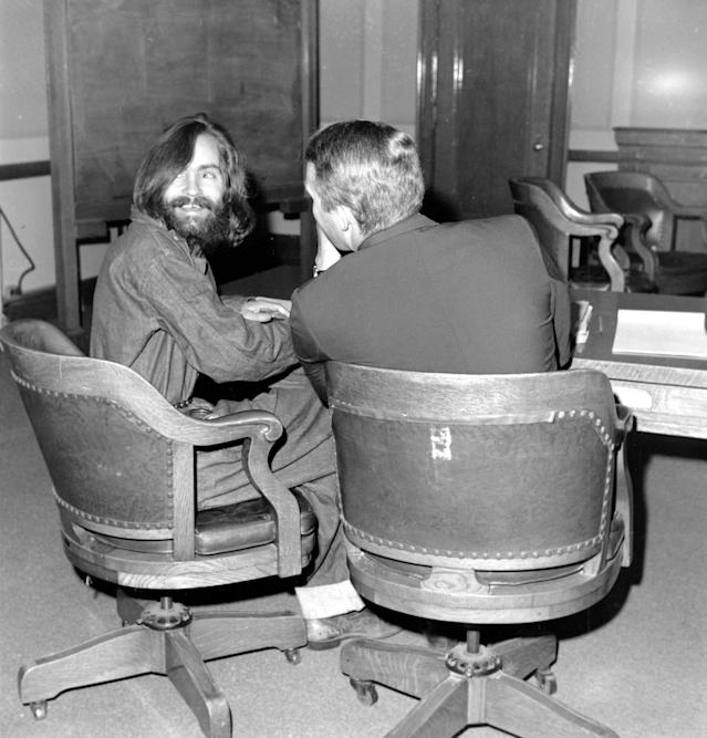 <p>Charles Manson smiles in the courtroom during his trial in Independence, Calif., on Dec. 4, 1969. (Photo: AP) </p>