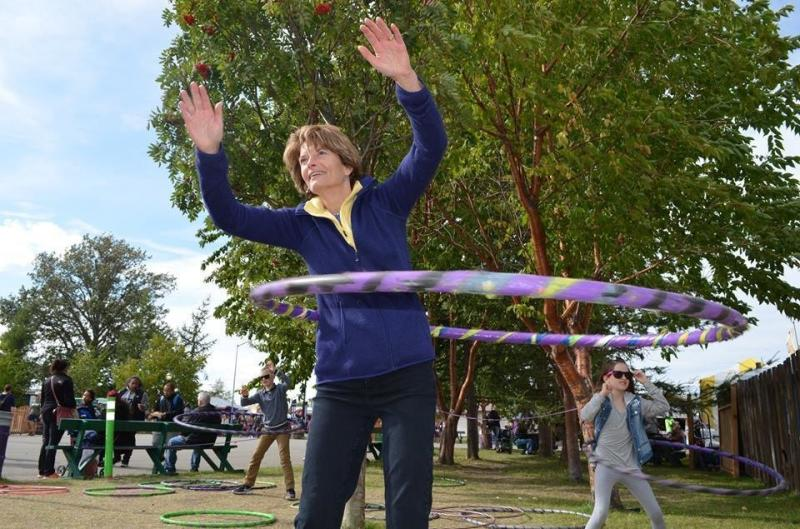 Murkowski, living her best life, hula hooping with constituents at the Alaska State Fair in August. (Lisa Murkowskis Facebook page)