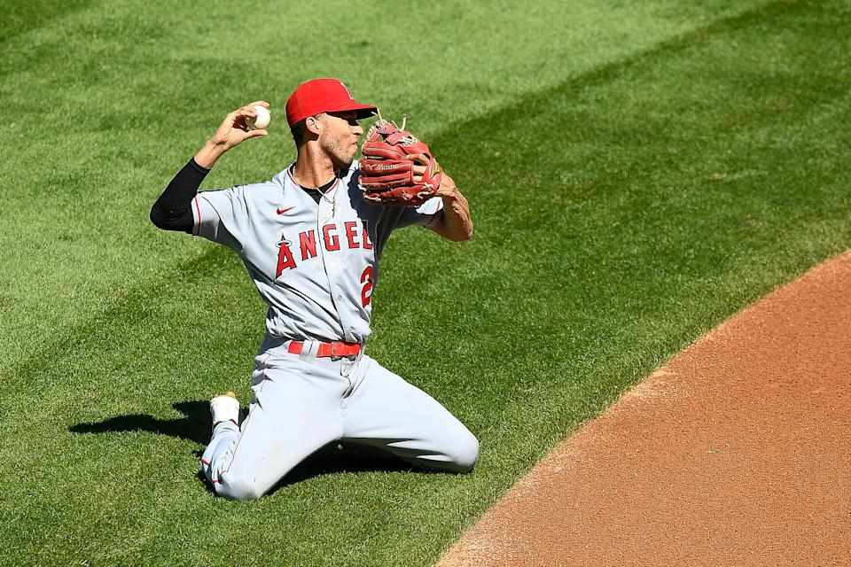 Shortstop Andrelton Simmons is taking his all-everything defense to the Minnesota Twins.