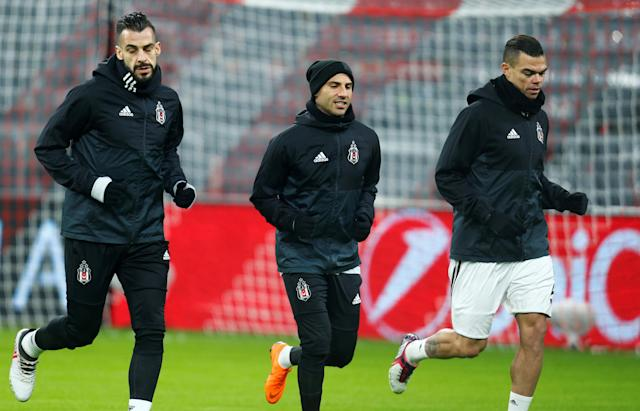 Soccer Football - Champions League - Besiktas Training - Allianz Arena, Munich, Germany - February 19, 2018 Besiktas' Alvaro Negredo, Ricardo Quaresma and Pepe during training REUTERS/Ralph Orlowski