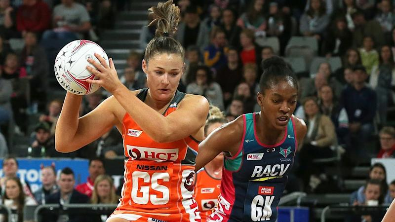 SUPER NETBALL VIXENS GIANTS
