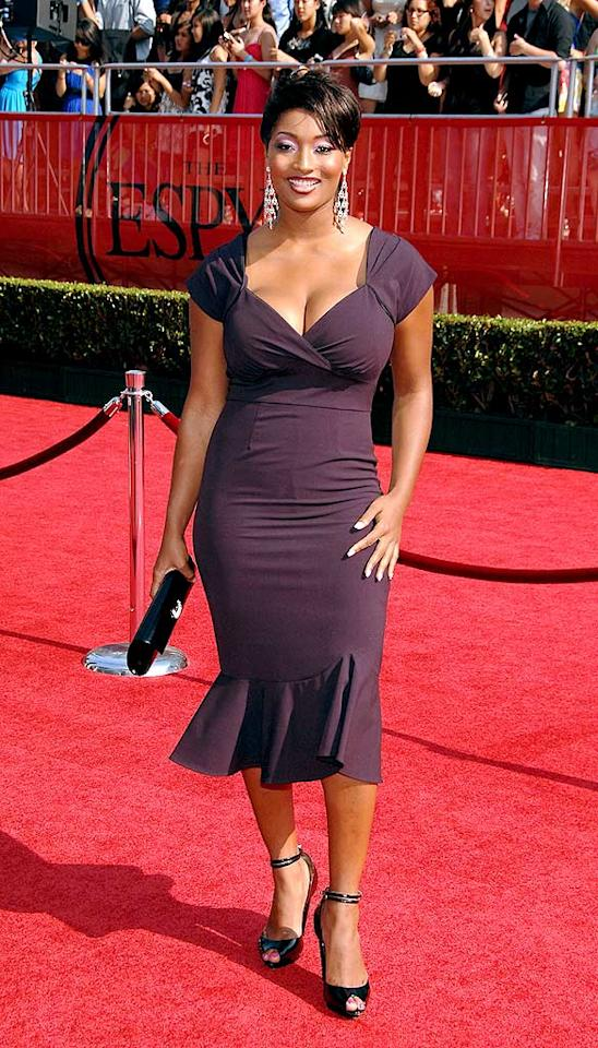"Former ""Top Model"" contestant Toccara Jones showed off her sexy curves in a perfect plum dress. John Shearer/<a href=""http://www.wireimage.com"" target=""new"">WireImage.com</a> - July 16, 2008"