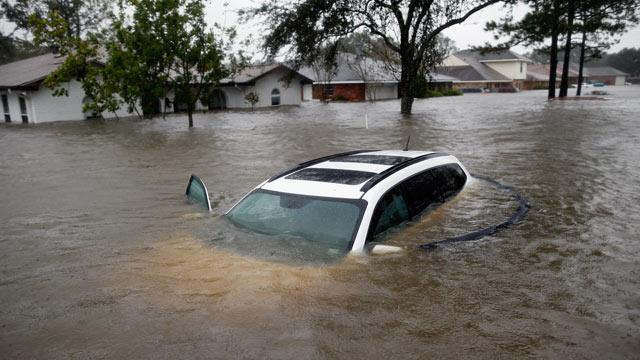 Mississippi Dam Failure Feared After Tropical Storm Isaac (ABC News)