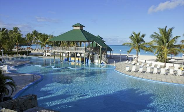 10 Best Budget Friendly All Inclusive Resorts
