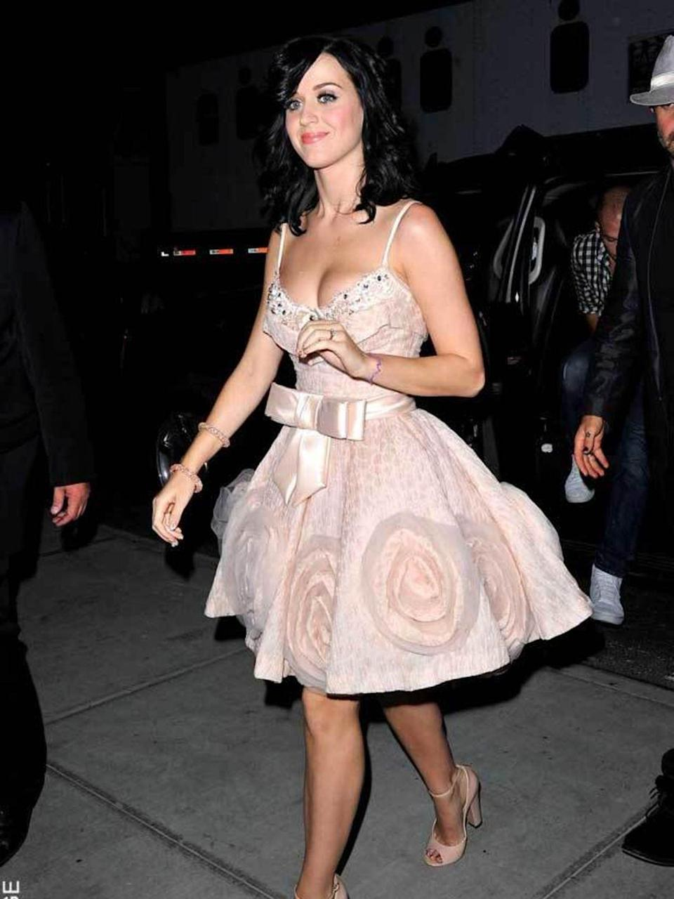 <p>Katy Perry wears Zuhair Murad Couture.</p>