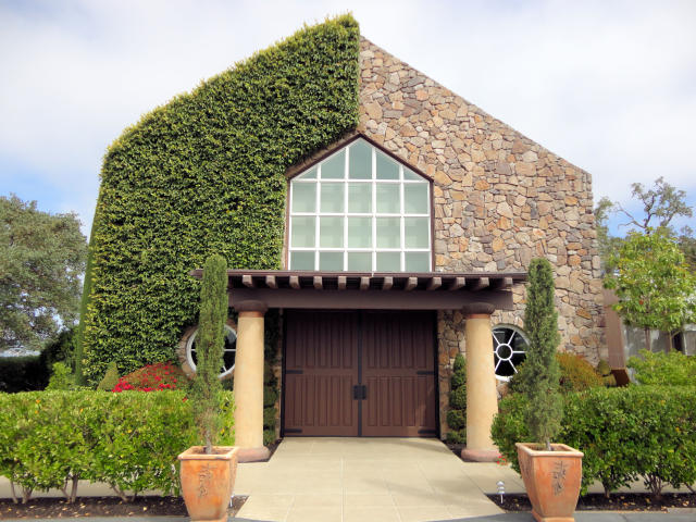 <p>Signorello Estate Winery in Napa Valley, Calif., before the fire, on July 28, 2012. (Photo: Jim G via Flickr) </p>