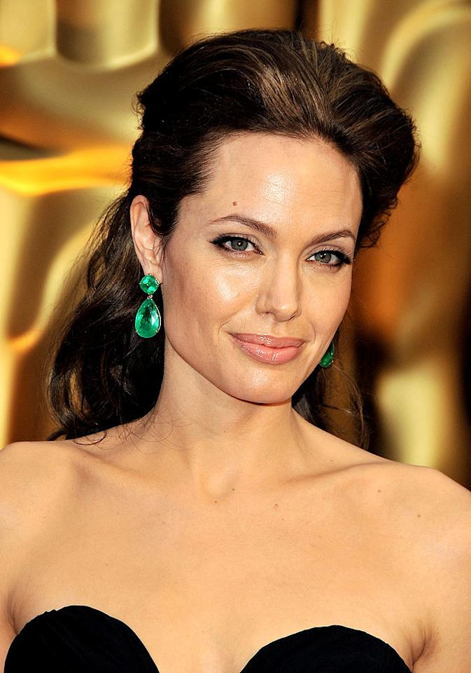 """What do you think Angelina Jolie's perfect complexion can be attributed to? Steve Granitz/<a href=""""http://www.wireimage.com"""" target=""""new"""">WireImage.com</a> - February 22, 2009"""