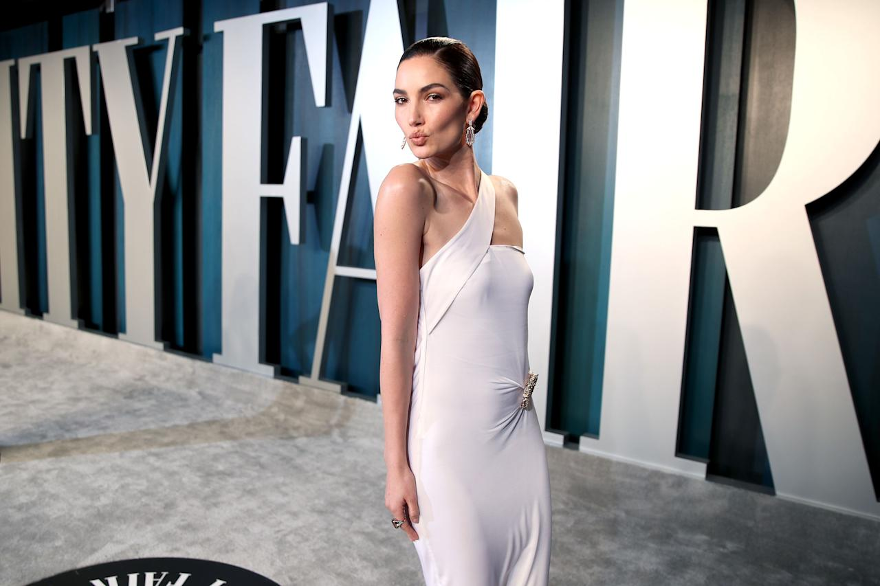 """<p>Sustainability was clearly at the front of mind for many fashion designers, stylists and celebrities ahead of last night's <a href=""""https://www.harpersbazaar.com/uk/awards-season/g26498721/oscars-red-carpet/"""" target=""""_blank"""">Academy Awards</a>, where a number of A-listers chose to champion vintage, pre-loved or sustainable fashion on the red carpet. From Margot Robbie's archival Chanel gown to Gucci's use of offcuts on Saoirse Ronan's dress, here were 14 sustainable choices made on last night's red carpet.</p>"""