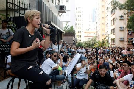 Singer attacked with paint at pro-Hong Kong democracy rally in Taiwan