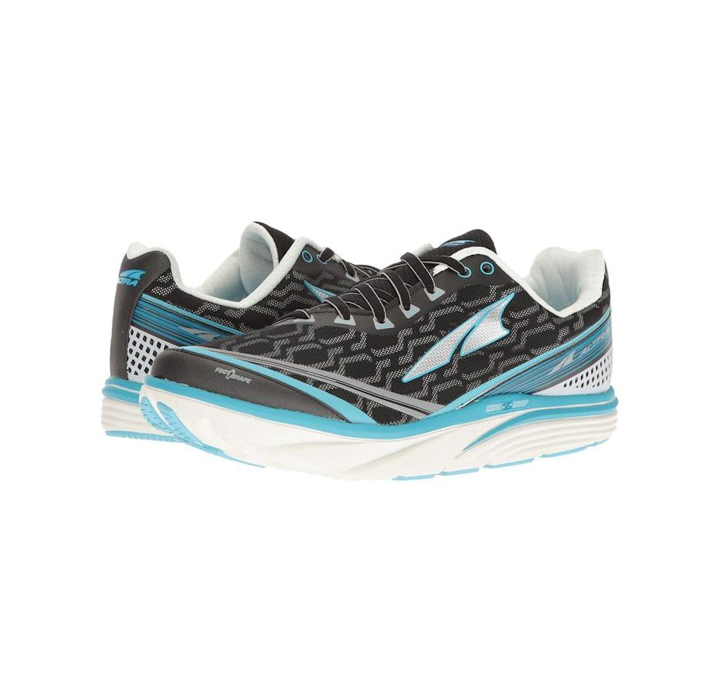 "<p><strong>Altra Footwear</strong></p><p>zappos.com</p><p><strong>$219.95</strong></p><p><a href=""https://go.redirectingat.com?id=74968X1596630&url=https%3A%2F%2Fwww.zappos.com%2Fp%2Faltra-footwear-torin-iq-black-purple%2Fproduct%2F8809996&sref=http%3A%2F%2Fwww.prevention.com%2Fbeauty%2Fstyle%2Fg19599046%2Fbest-shoes-for-bunions%2F"" target=""_blank"">SHOP NOW</a></p><p>Arguably Altra's best running shoe, Torin IQs are perfect for people with bunions because of their wide, rounded toe box and generous cushioning. In fact, the platform is designed to help you run more efficiently because it<strong> forces you to align the body, </strong>balancing your weight when landing. </p><p>These shoes also allow you to track how well you're running through the Altra IQ App. Yes, your shoes sync to an app so you can see live stats as you're pounding pavement. It's no wonder why Jeff Dengate, runner-in-chief of <em>Runner's World</em>, recommends the Torin. <em></em></p>"