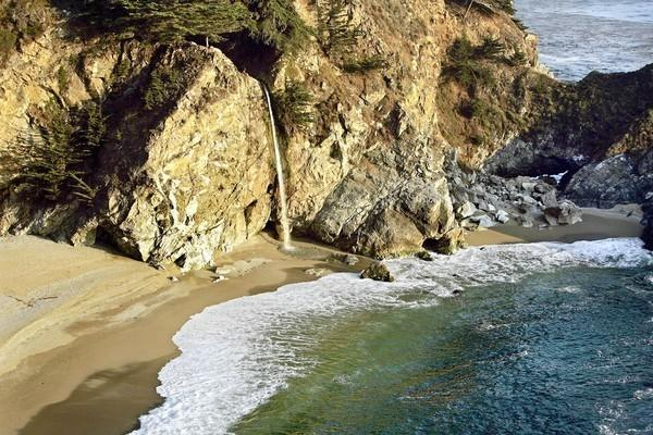 Big Sur offers beautiful hikes above the coastline.