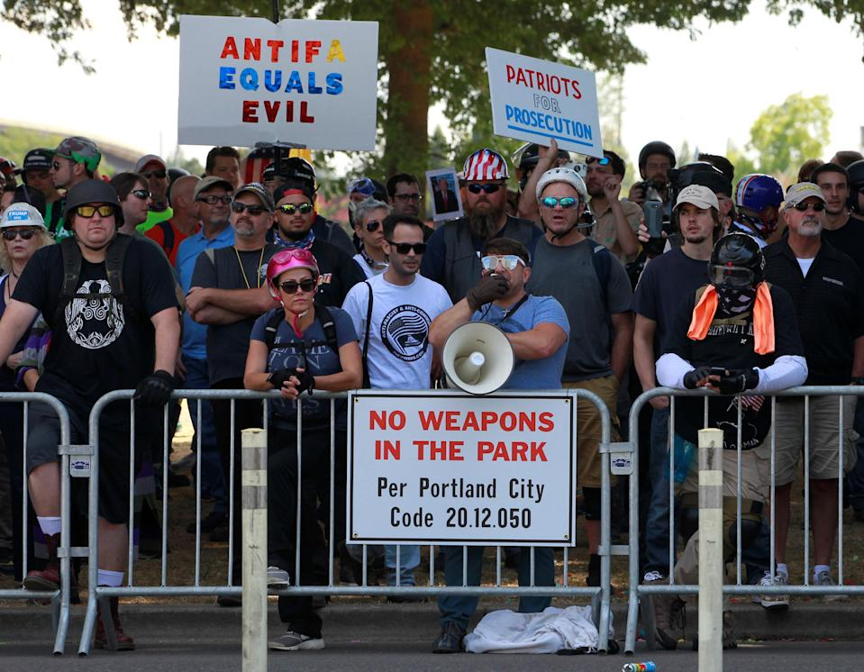 <p>Supporters of the Patriot Prayer group attend a rally in Portland, Ore., Aug. 4, 2018. (Photo: Bob Strong/Reuters) </p>