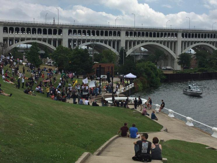 Trump supporters gather for a rally along the Cuyahoga River in Cleveland. (Photo: Jeff Stacklin/Yahoo News)