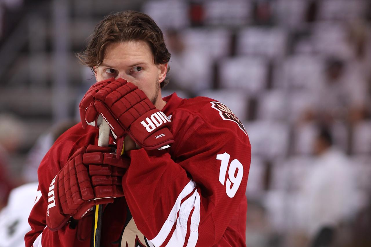 GLENDALE, AZ - MAY 22:  Shane Doan #19 of the Phoenix Coyotes looks on before taking on the Los Angeles Kings in Game Five of the Western Conference Final during the 2012 NHL Stanley Cup Playoffs at Jobing.com Arena on May 22, 2012 in Phoenix, Arizona.  (Photo by Christian Petersen/Getty Images)