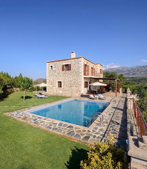 Villa Maris, Crete - Credit: GIC The Villa Collection
