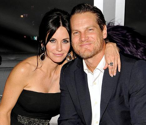 """Brian Van Holt Gushes About Girlfriend Courteney Cox: She's """"Phenomenal"""""""