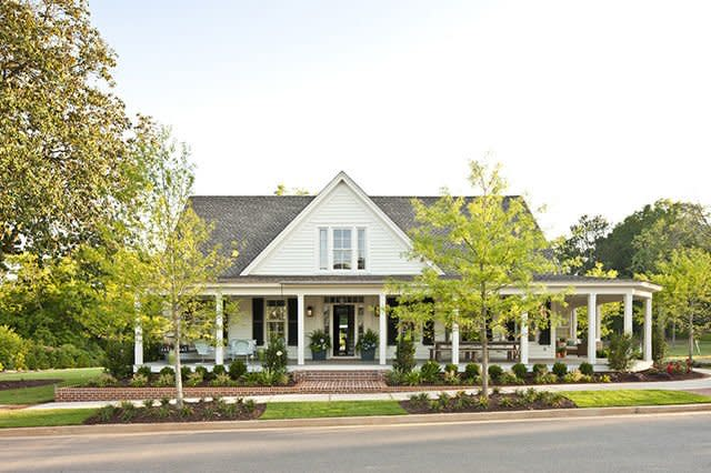 Our Favorite House Plans With Stunning Wrap Around Porches