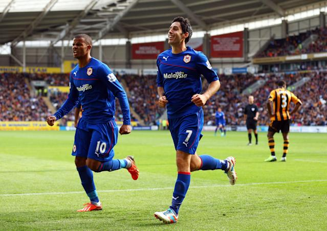 Peter Whittingham (R) celebrates with Fraizer Campbell. (Photo by Matthew Lewis/Getty Images)